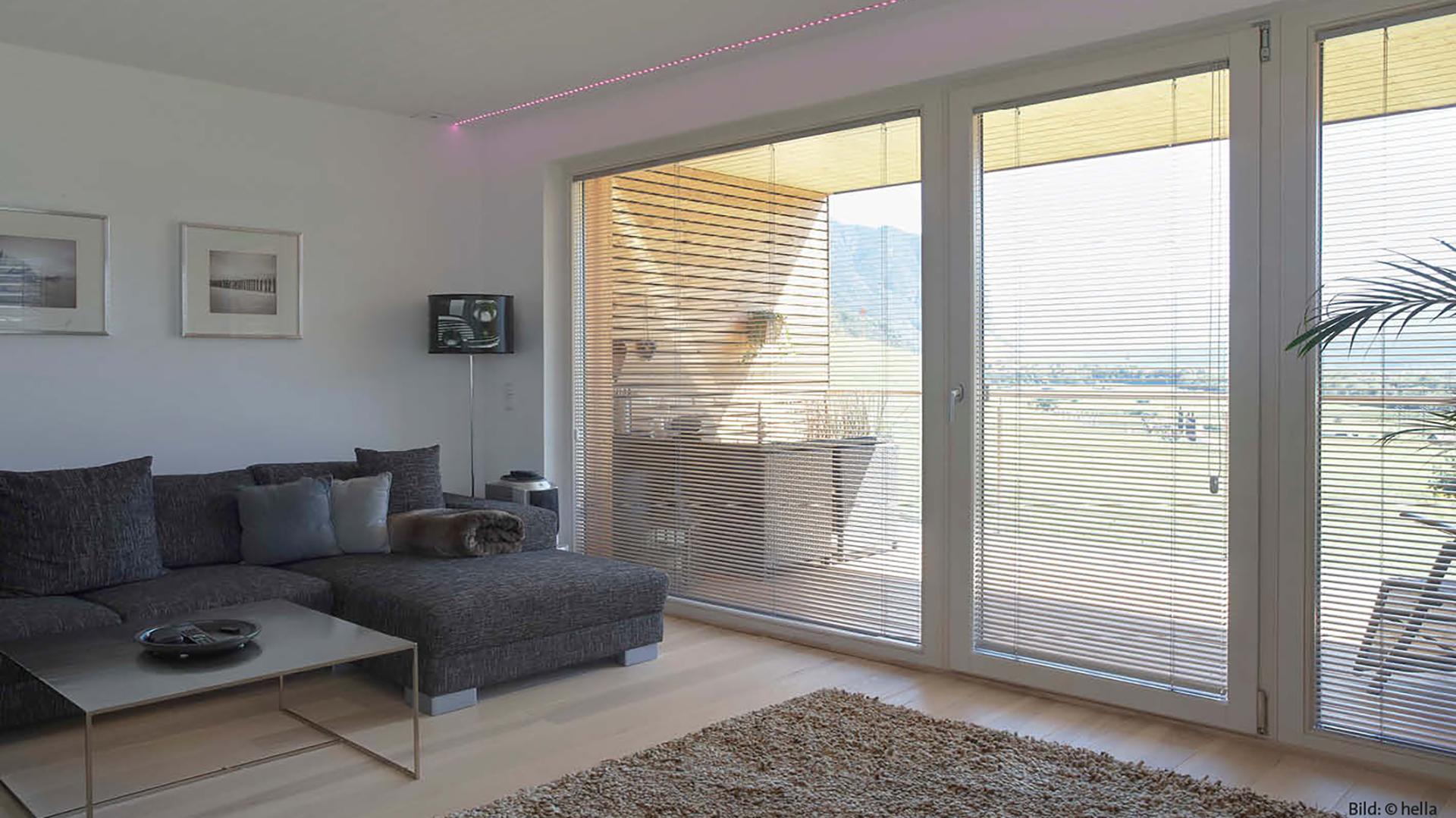 innen jalousien funktionalit t nach ma umfangreiche. Black Bedroom Furniture Sets. Home Design Ideas